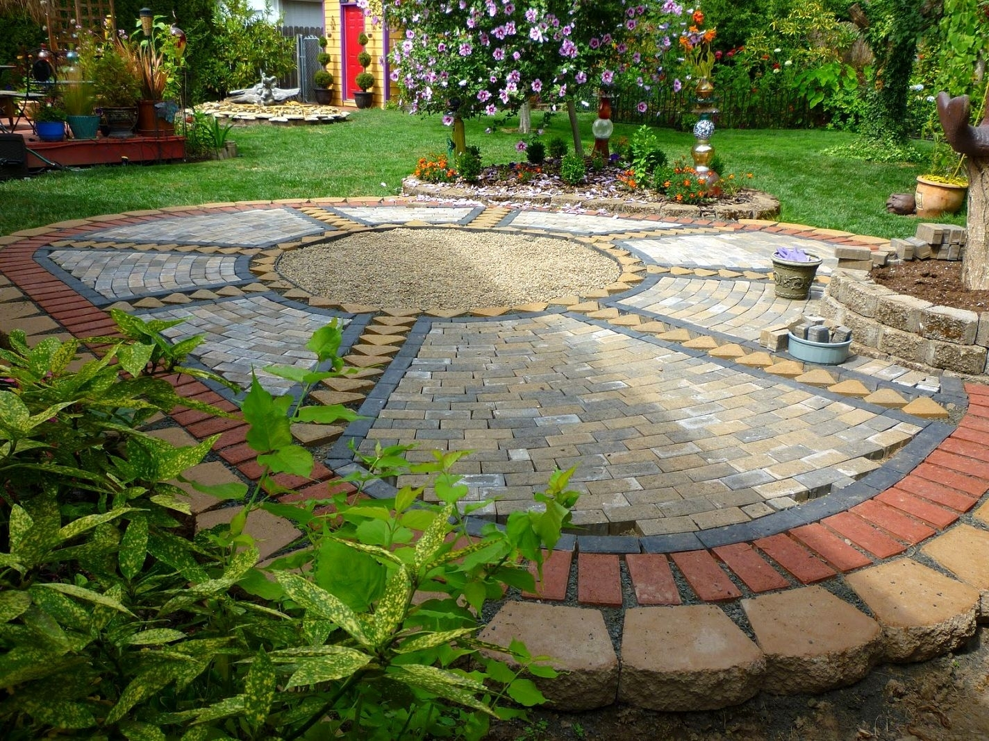 Paving Ideas For Small Back Gardens Garden Design Backyard with regard to 12 Some of the Coolest Ways How to Craft Backyard Landscaping Ideas With Pavers