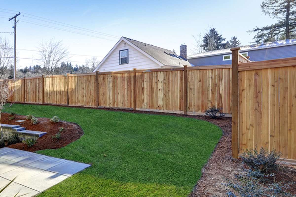 2019 Wood Fence Costs Cost To Install Privacy Fence Per Foot within Backyard Fencing Cost