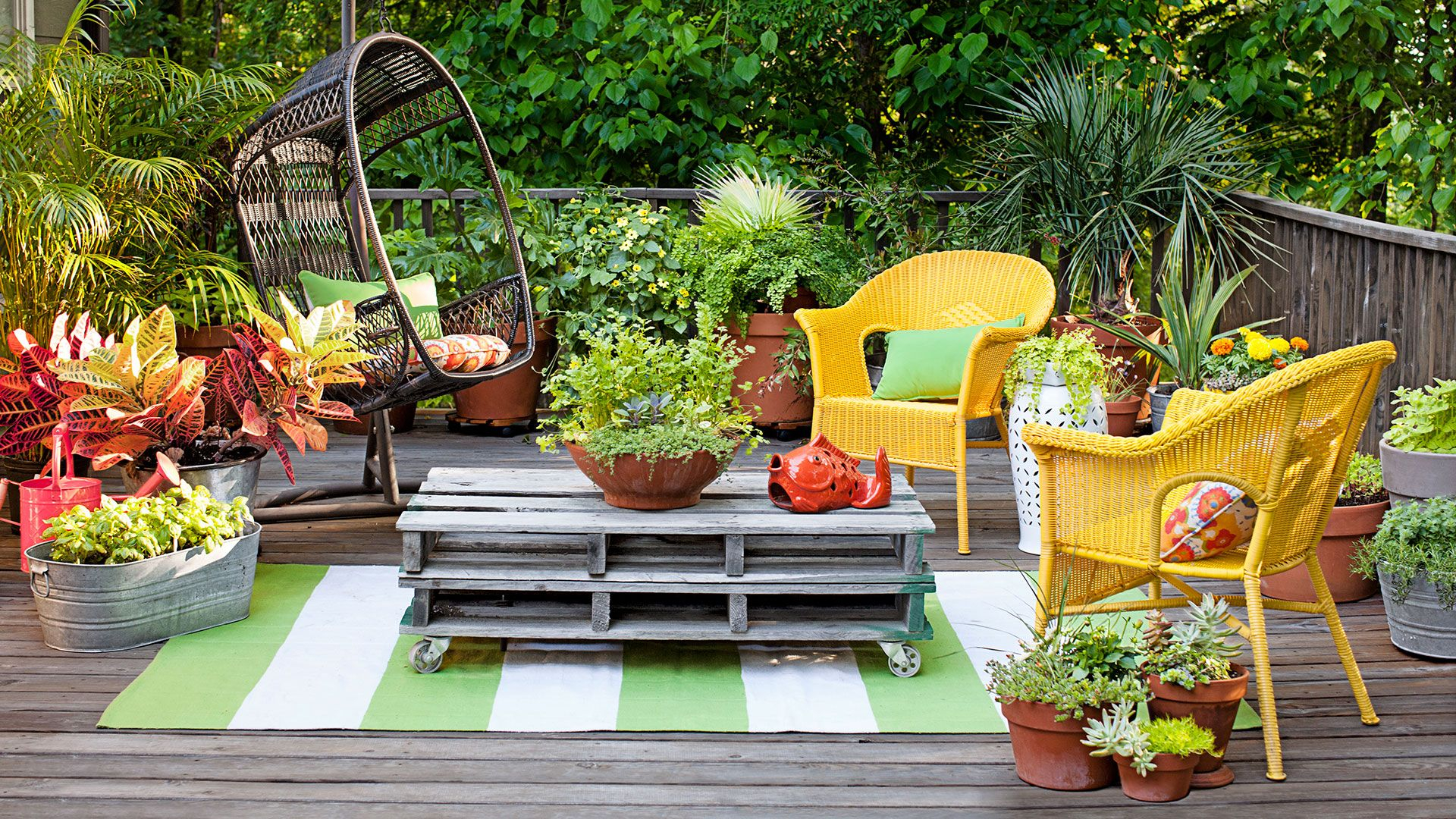 29 Backyard Decorating Ideas Easy Gardening Tips And Diy Projects inside Backyard Decorating Ideas On A Budget