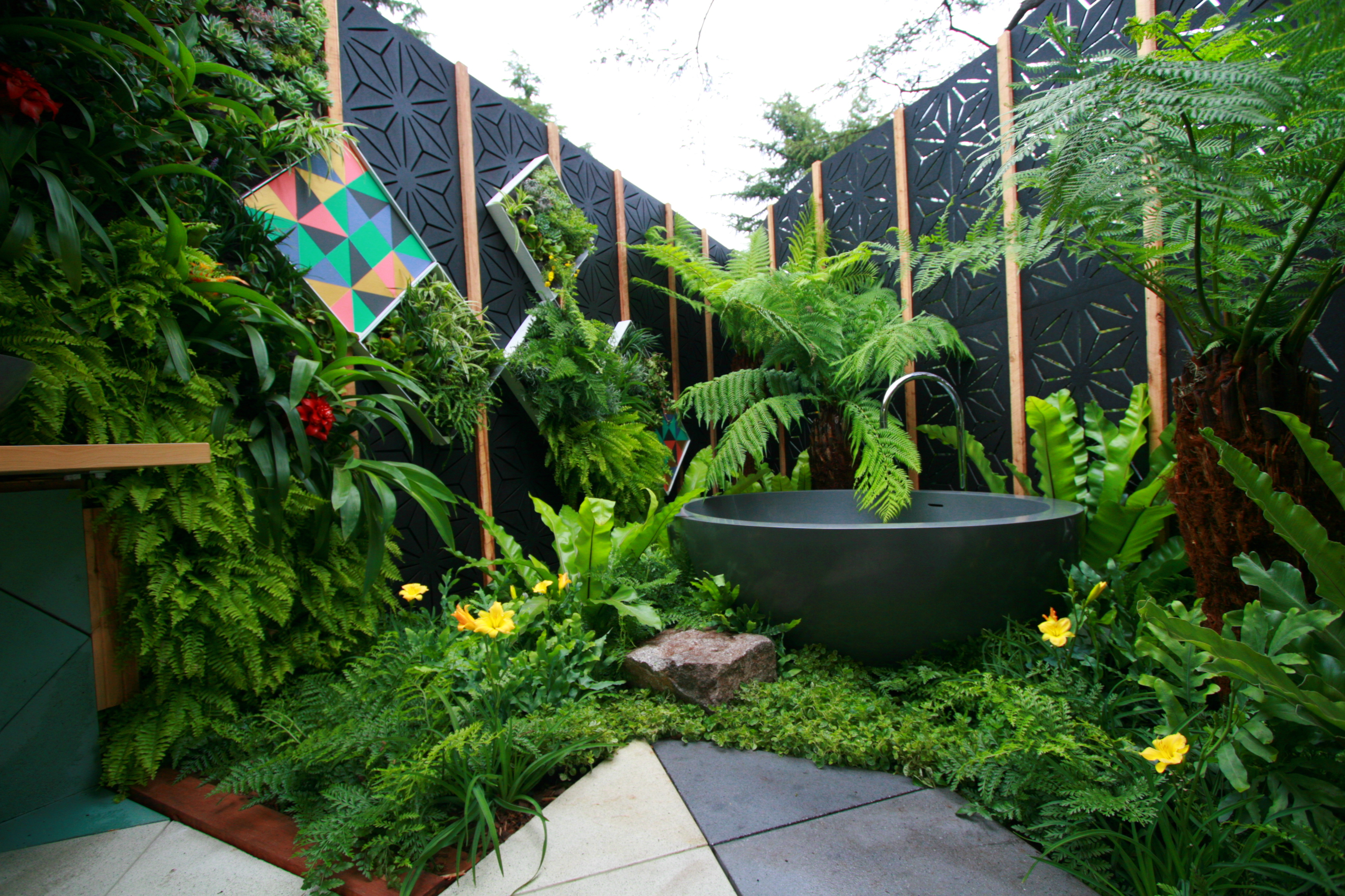 Beautify Your Backyard With These Home Improvement Ideas Hooks pertaining to Backyard Improvement Ideas