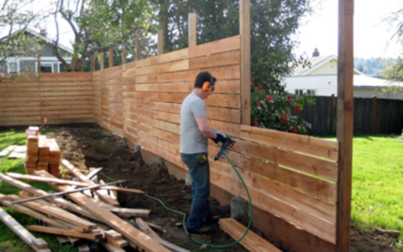 Cheap Diy Privacy Fence Ideas 53 Outside Backyard Fences Diy pertaining to Backyard Privacy Fence Ideas