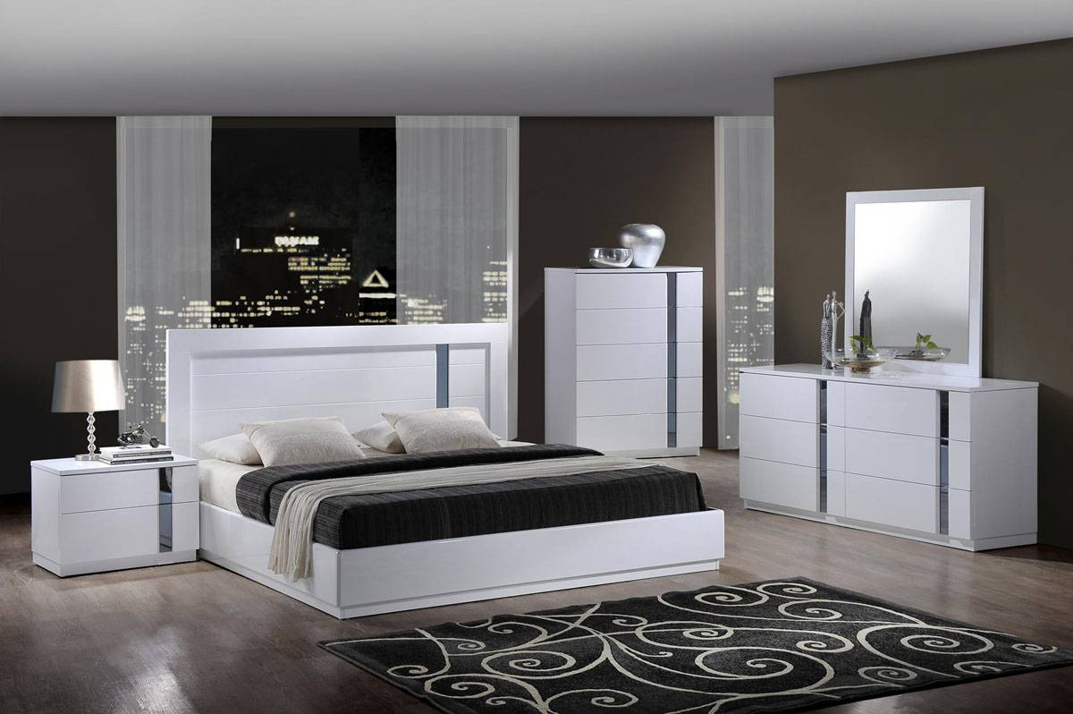 Elegant Quality Contemporary Platform Bedroom Sets throughout Modern Bedroom Collection