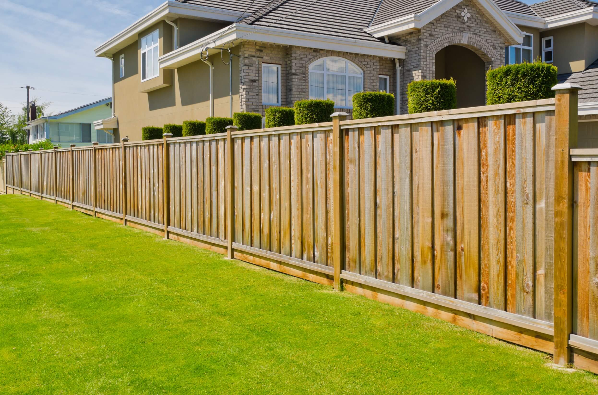 Fencing Installation Services Spring Hill Fl Bush Home Services with 13 Awesome Ways How to Makeover Backyard Fencing Options
