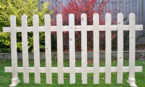Freestanding Portable Event Display Barrier Temporary Wooden Picket inside Portable Backyard Fence