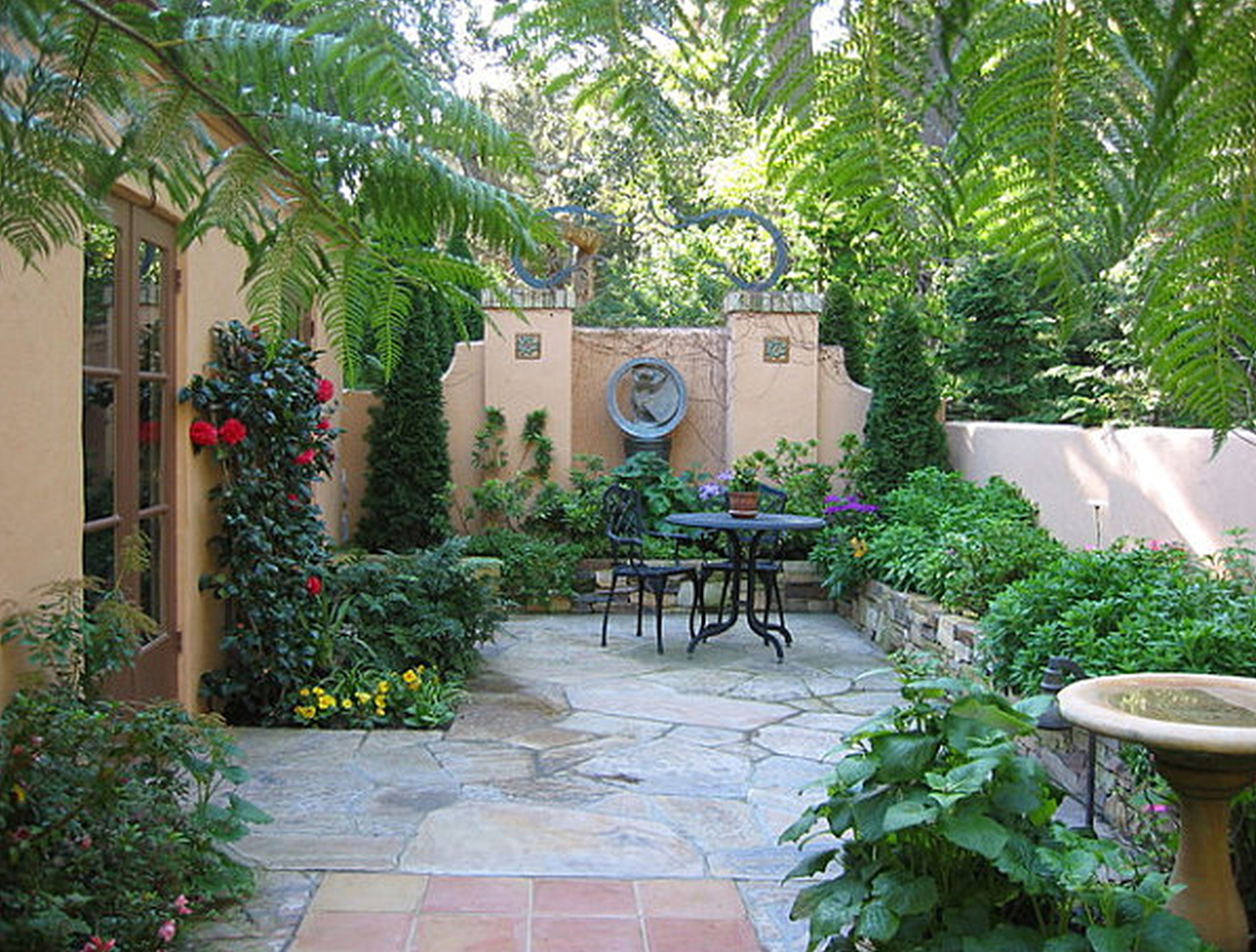 Images About Yard Tiny With A Townhouse Ideas Landscape For Small within Townhouse Backyard Landscaping