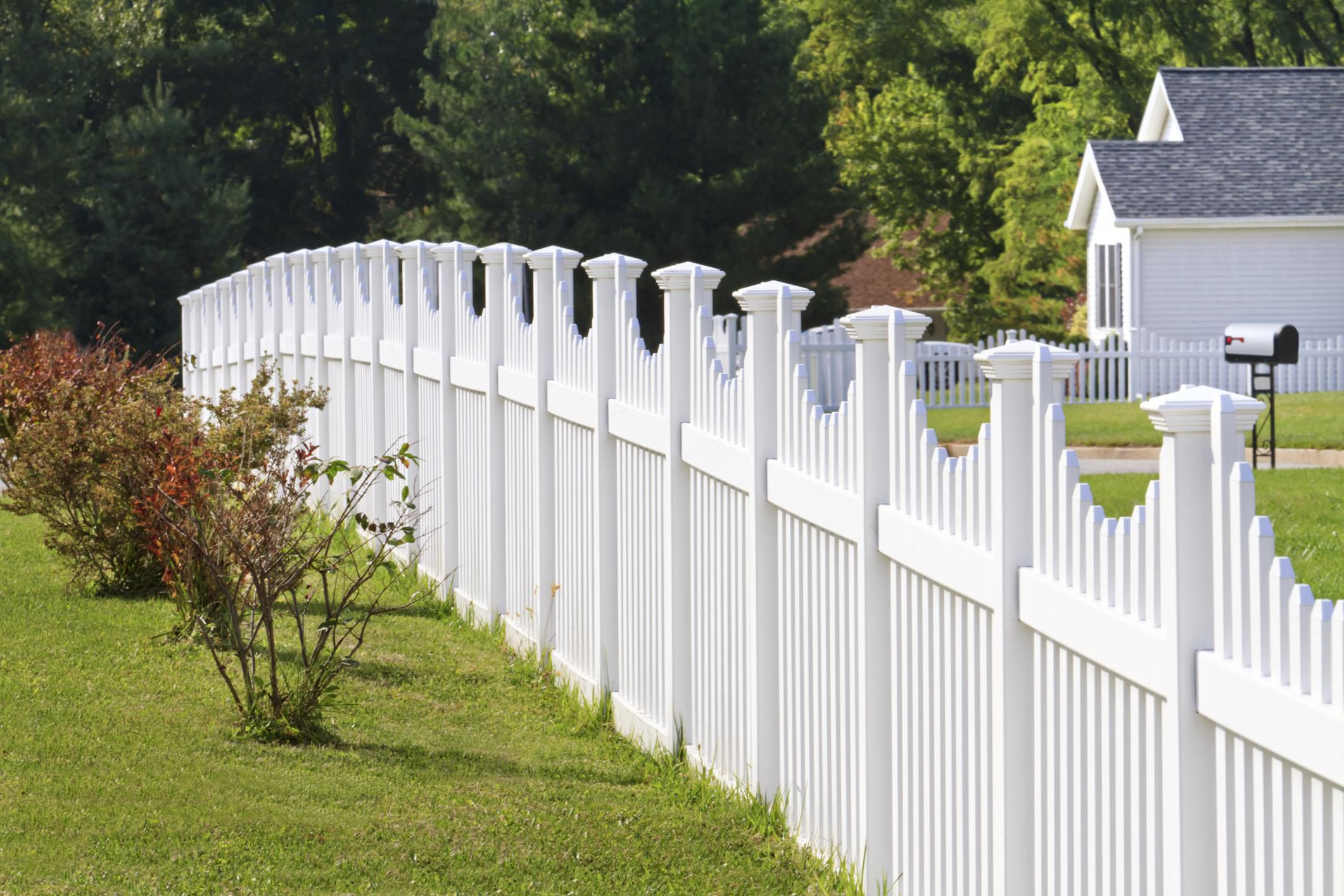 Tips For Hiring A Fence Company pertaining to How Much To Fence A Backyard
