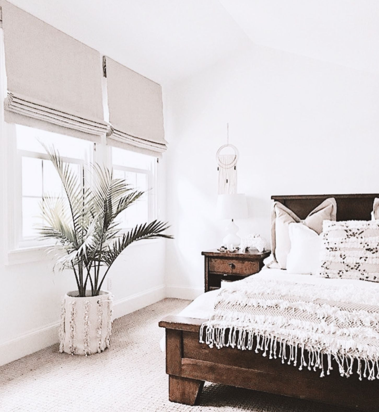 White Modern Bedroom With Fringe Duvet And Plant And Natural Wood throughout 11 Clever Tricks of How to Make White Modern Bedroom Ideas