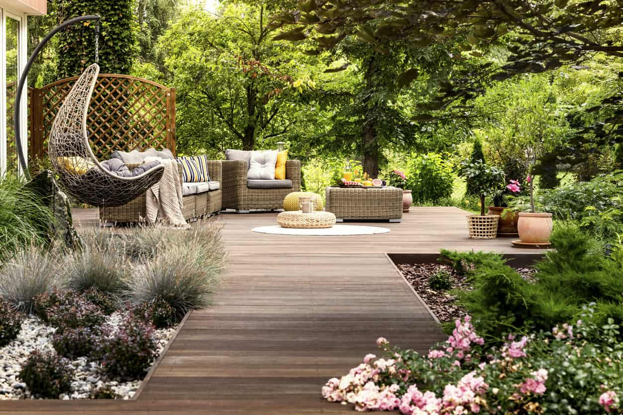 101 Backyard Landscaping Ideas For Your Home Photos within 11 Smart Designs of How to Craft Deck Backyard Ideas