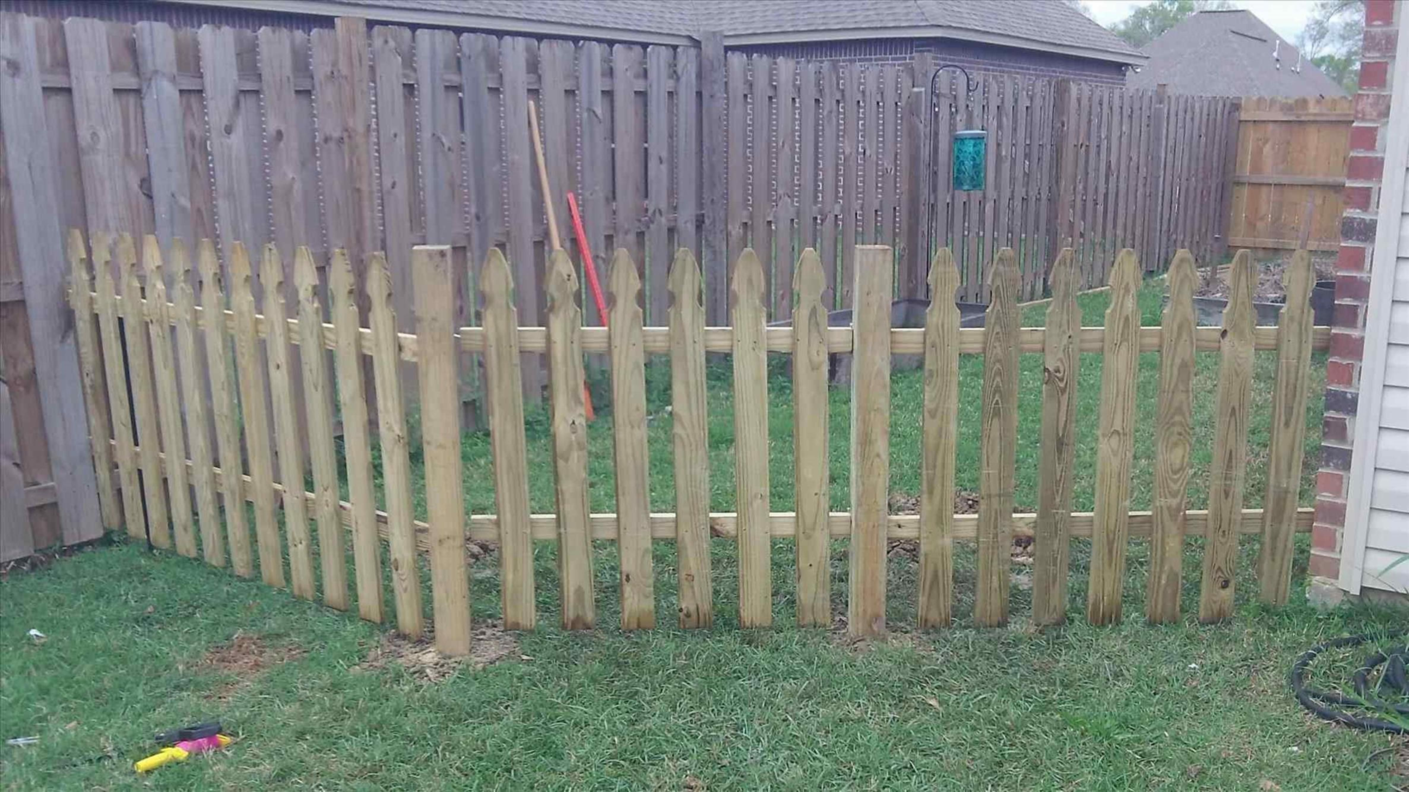 20 Inexpensive Temporary Fencing Ideas For Your Home 3 Dog Toy throughout 16 Clever Ways How to Make Temporary Backyard Fence