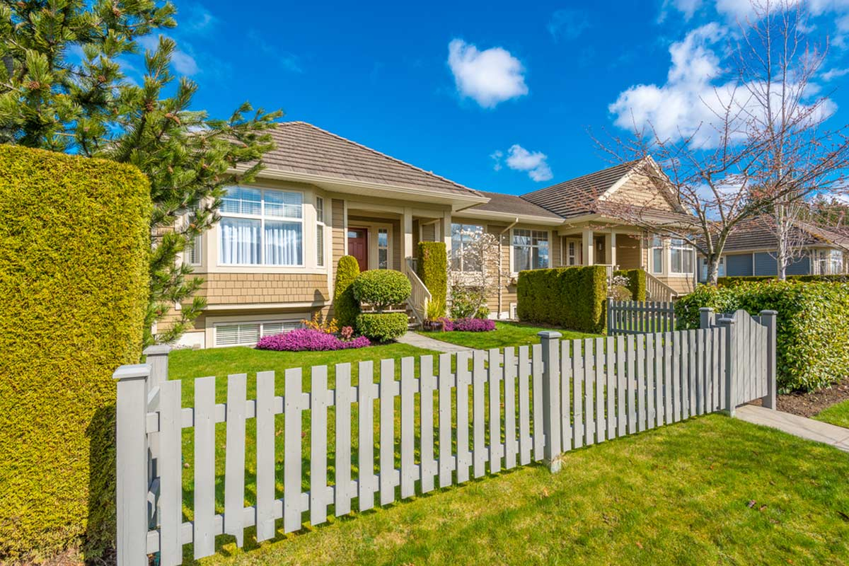 2019 Fencing Prices Fence Cost Estimator Per Foot Per Acre intended for Cost Of Fencing In A Backyard