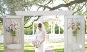 35 Rustic Old Door Wedding Decor Ideas For Outdoor Country intended for Backyard Country Wedding Ideas