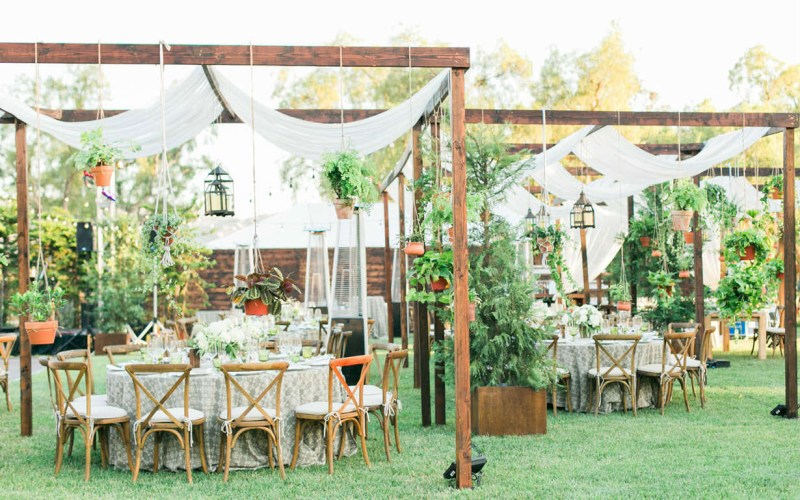 36 Inspiring Backyard Wedding Ideas Shutterfly pertaining to 13 Genius Designs of How to Build Backyard Wedding Decorations Ideas