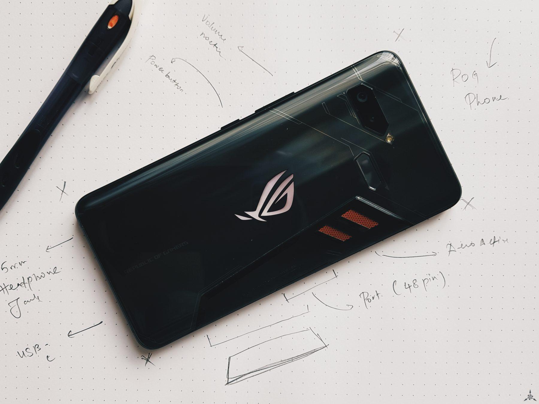 第一代 Asus ROG Phone