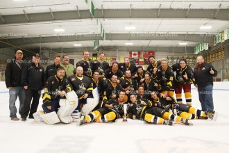 The Tillsonburg Thunder captured the Oxford Cup winning 10-9 in a 2-game exhibition series with the Tavistock Royals.