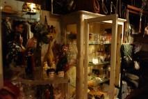 TH cabinet