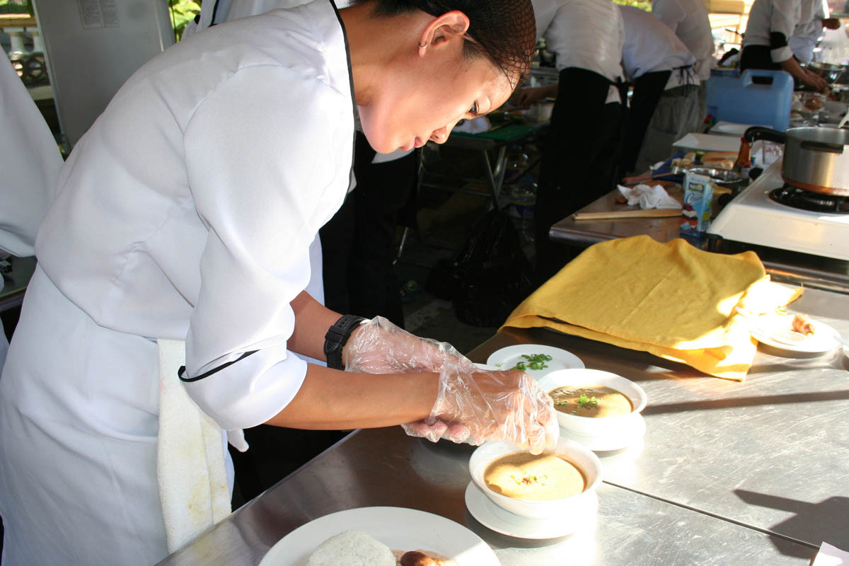 FILE PHOTO: Longganisa Cookfest 2012 (photo by Salvador A. Espejo)