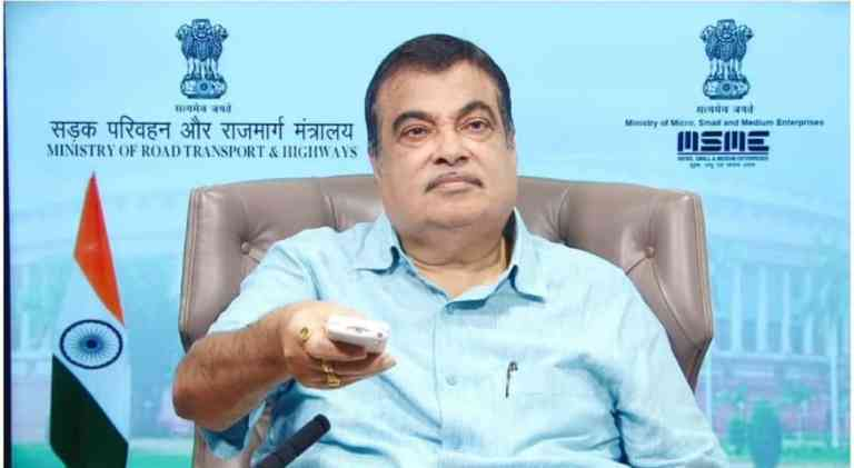 Karnataka: Union Minister Nitin Gadkari lays foundation stone for 25 highway projects