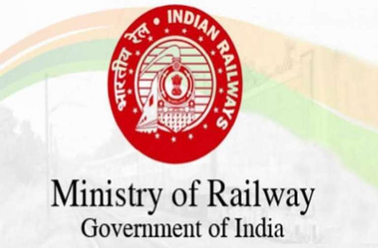 Ministry of Railway approves transport of Liquid Medical Oxygen container trucks on Roll-on roll-off basis