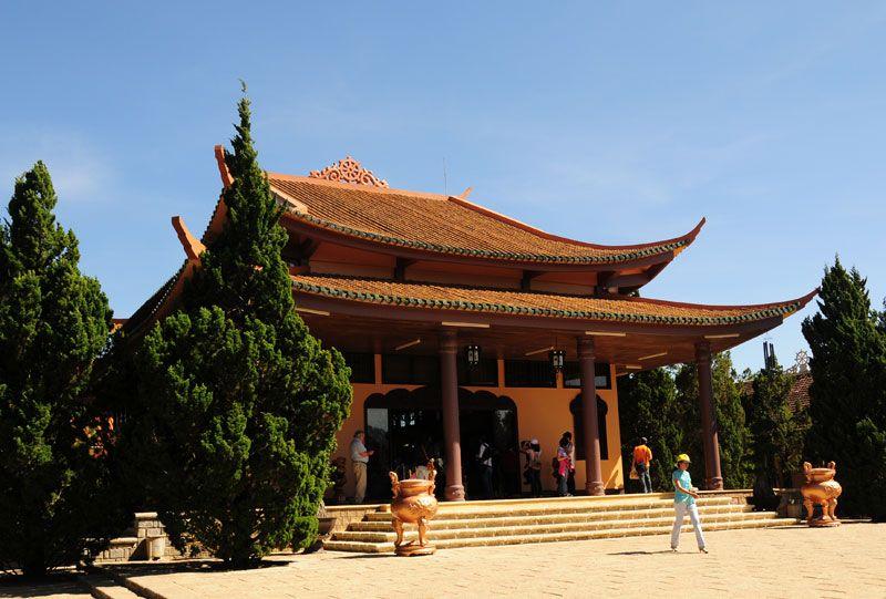 Thiền Viện Trúc Lâm Đà Lạt- hinh 10