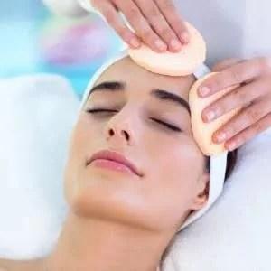 limpeza de pele, clínica de estética, bairro do limão, tay akemi, rosto, mãos, mulher