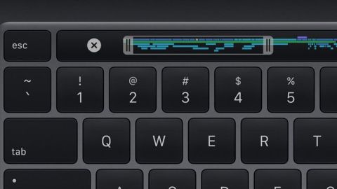 Yeni Macbook Pro 13 ve Magic Keyboard