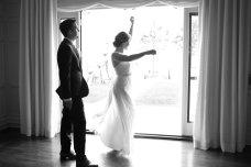 taylorlaurenbarker-juliamike-larchmontshoreclub-wedding-22