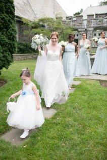 taylorlaurenbarker-juliamike-larchmontshoreclub-wedding-31