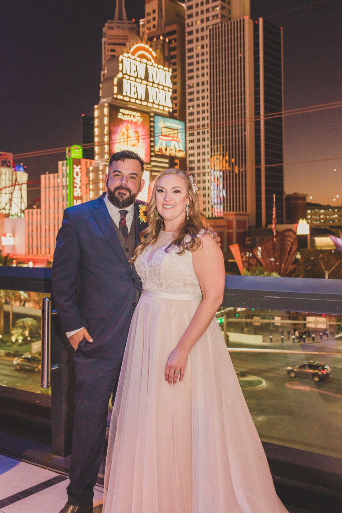 nighttime wedding portraits in Las Vegas by Taylor Made Photography