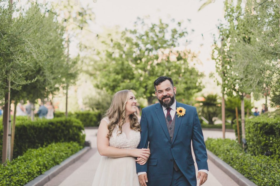 romantic wedding portraits in Las Vegas by Taylor Made Photography