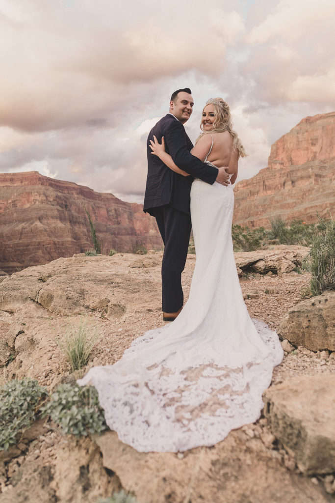wedding portraits in the Grand Canyon by Taylor Made Photography
