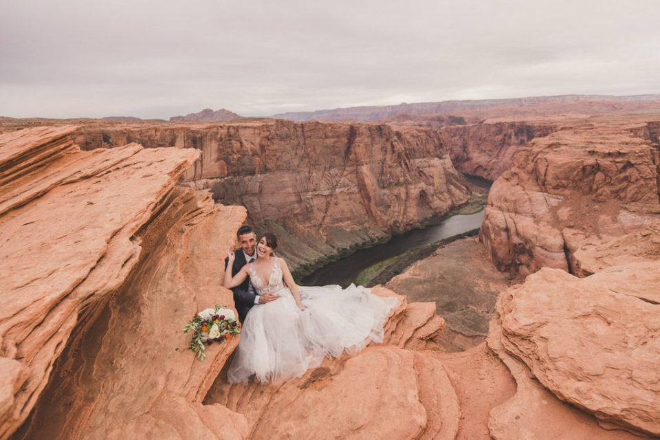 Taylor Made Photography captures elopement by Grand Canyon