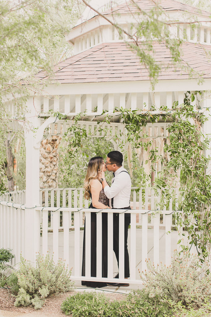 Springs Preserve gazebo engagement photos by Taylor Made Photography
