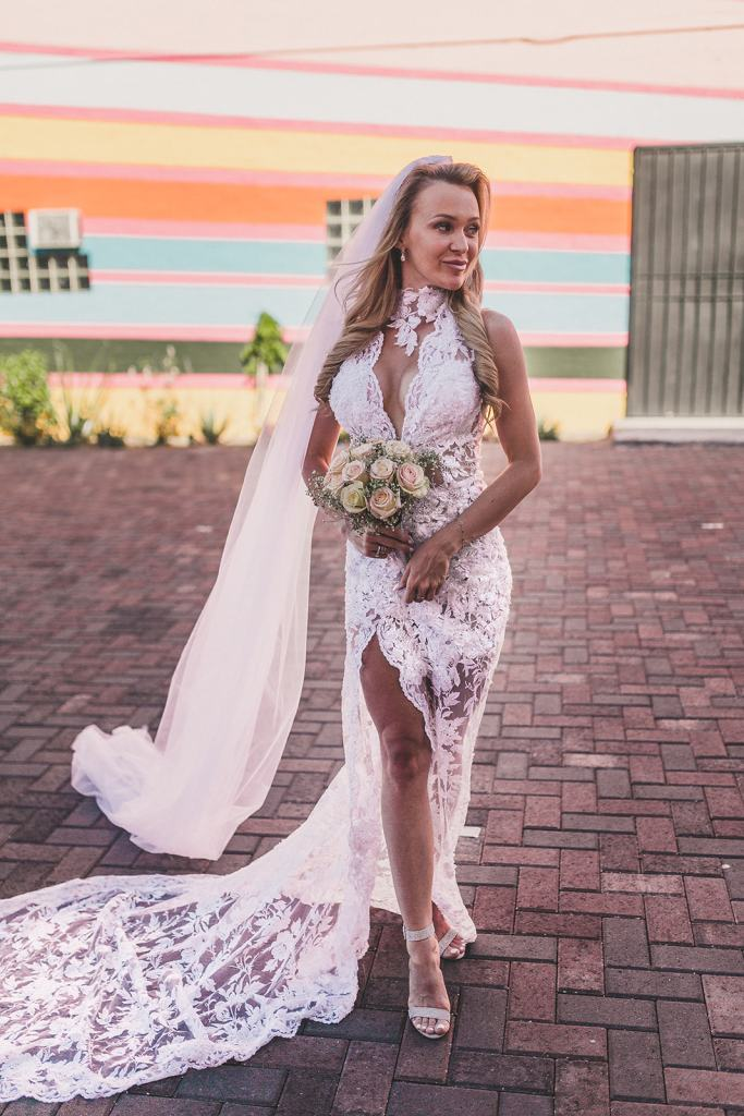 elopement portraits in Las Vegas by Taylor Made Photography
