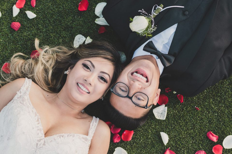 Taylor Made Photography captures playful wedding portraits in Las Vegas
