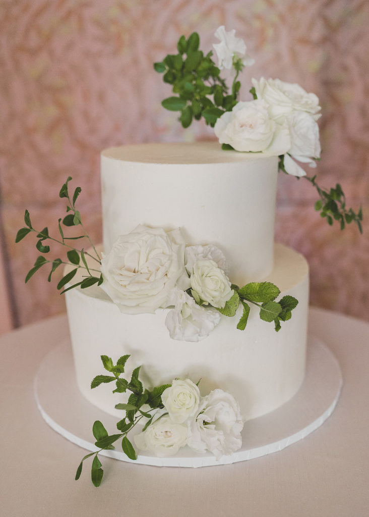 tiered wedding cake by Drago Sisters Bakery photographed by Taylor Made Photography