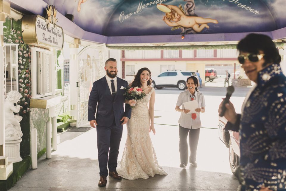 Taylor Made Photography photographs Las Vegas elopement in Little White Way Chapel