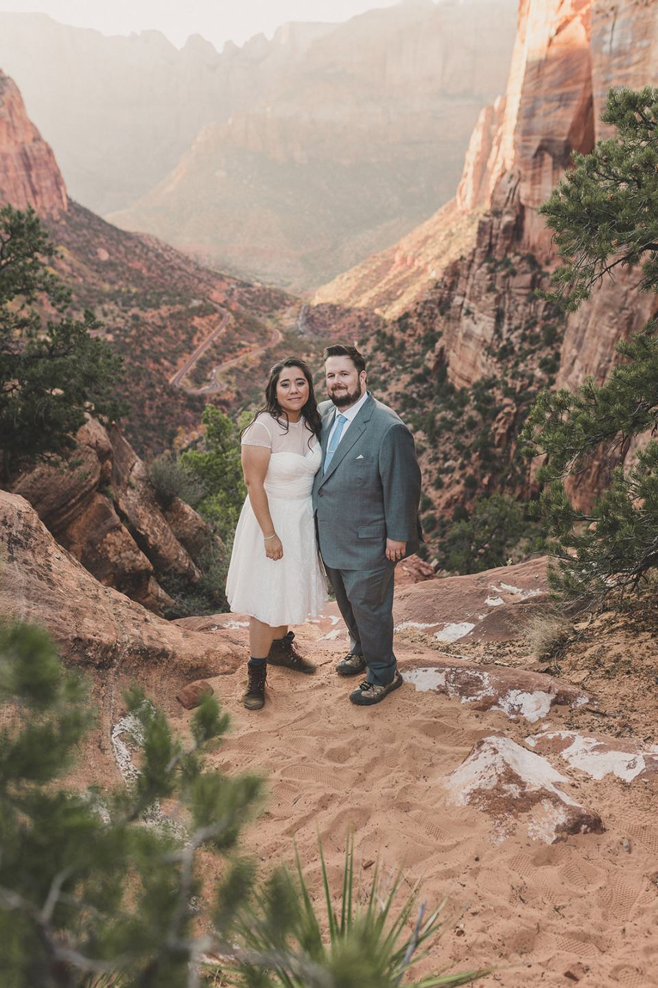 wedding portraits in Utah National Park by Taylor Made Photography