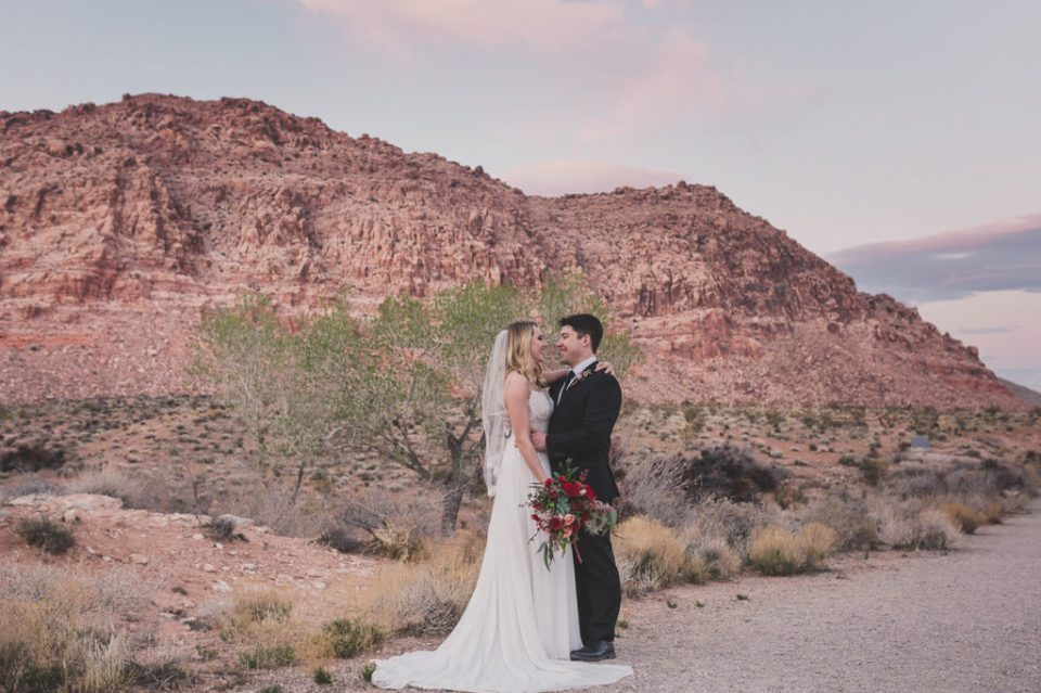 wedding portraits in Red Rock Canyon with Taylor Made Photography