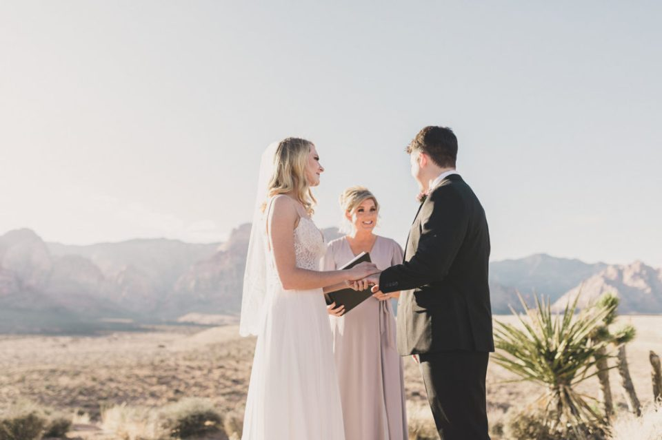 intimate wedding day in Las Vegas photographed by Taylor Made Photography