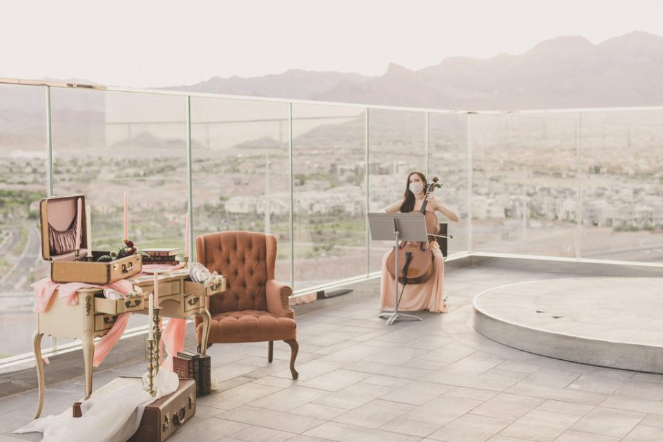 Premiere Wedding Music performs before elopement at Red Rock Resort