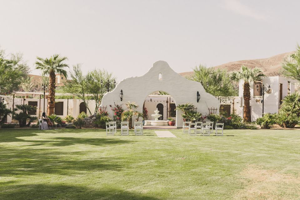 Oasis at Death Valley elopement photographed by Taylor Made Photography