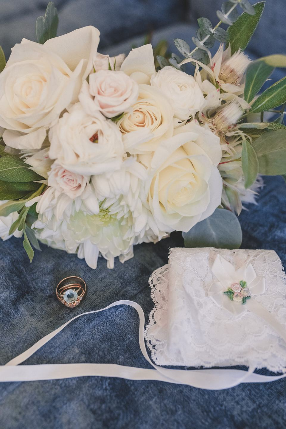 white bouquet for Las Vegas microwedding