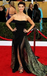 morena-baccarin-19th-annual-screen-actors-guild-awards-03