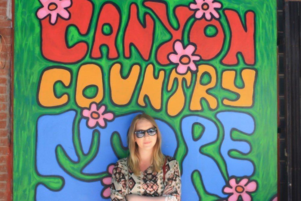 A Classic Laurel Canyon Playlist (60's & 70's)