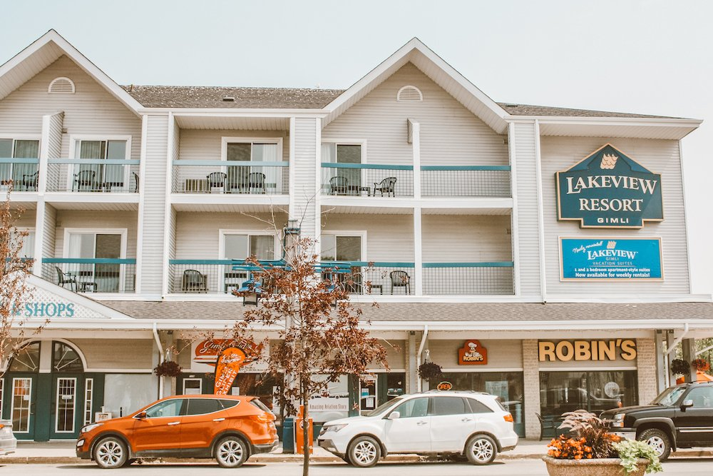 Lakeview Resort in Gimli, with cars parked out front