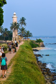 galle fort sunset lighthouse