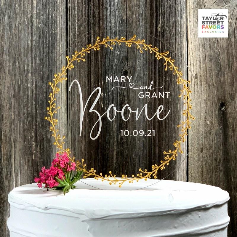 Round Wreath Design Cake Topper with Script Last Name