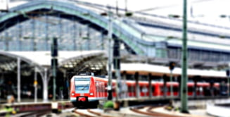 """Deraiere financiara: CFR Calatori """"sparge"""" bugetul pe salarii, restul companiilor feroviare, pe taxa de acces la infrastructura CFR"""