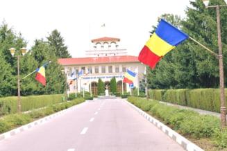 PressOne: Comisia de Etica il exonereaza de plagiat pe fostul rector de la Academia de Politie