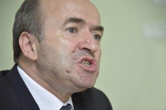 Uniunea Europeana ii declara razboi deschis lui Tudorel Toader. Cartea nationalismului se joaca la Bucuresti